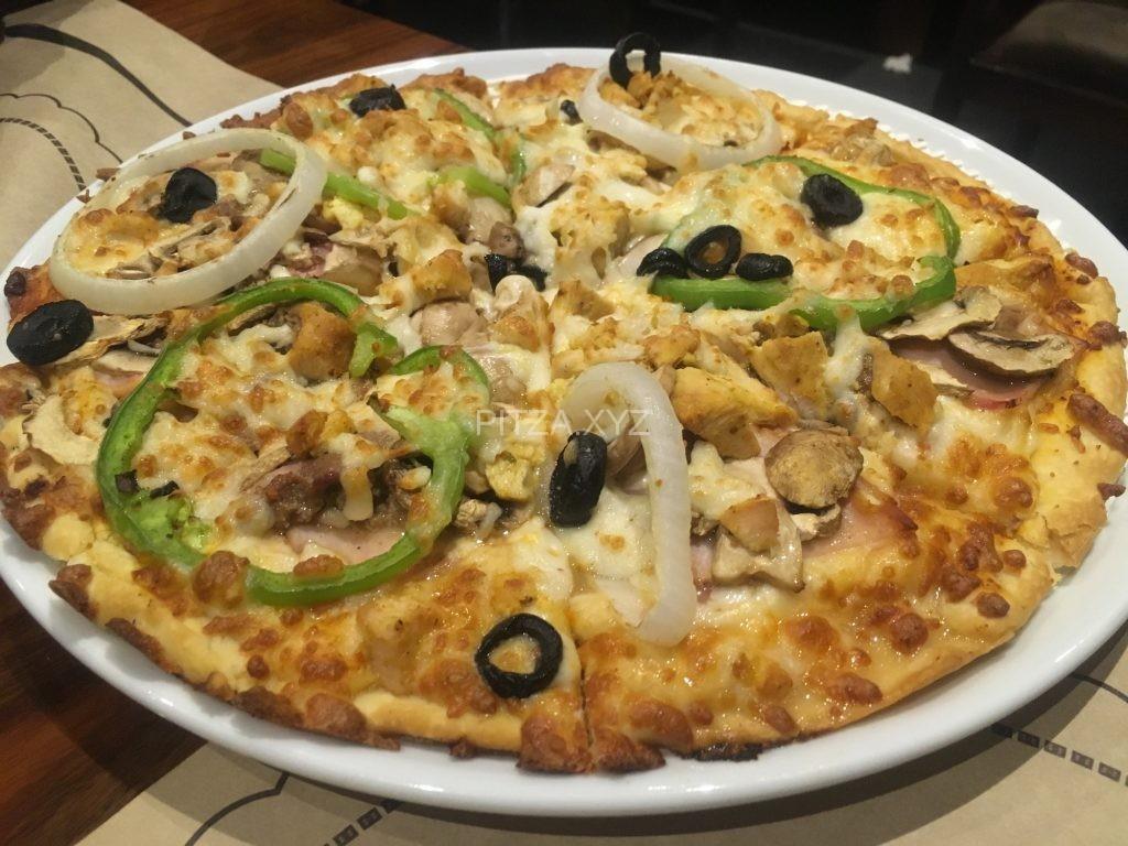 پیتزا مخلوط در پیتزا سنسو